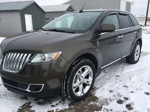 2011 Lincoln MKX Limited SUV, Crossover