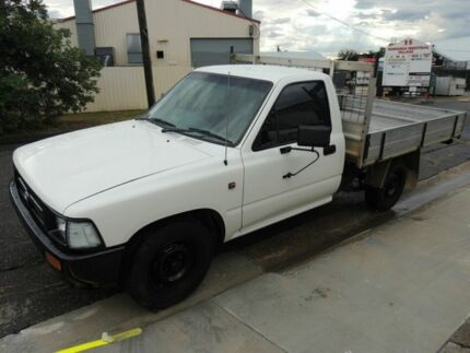 1997 Toyota Hilux White 5 Speed Manual Cab Chassis