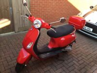Vespa LX50, RED, TOP BOX, VERY LOW MILEAGE
