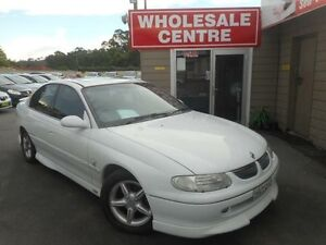 1999 Holden Calais VT White 4 Speed Automatic Sedan Edgeworth Lake Macquarie Area Preview