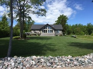 BEAUTIFUL BUNGALOW ON LAKE HURON