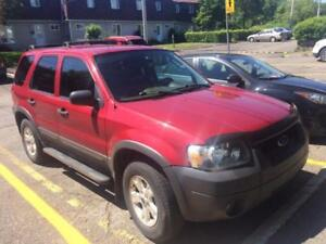 Belle Ford Escape XLT 2006,A/C,groupe electrique,2299$