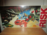 """***1980 VERY RARE SEALED """"RISK"""" BOARD GAME LIKE NEW!!!***"""