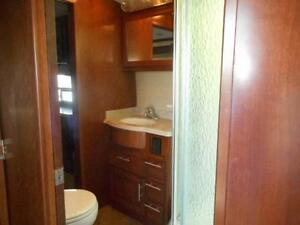 2013 TRILOGY 2850 D3 LUXURY FIFTH WHEEL Edmonton Edmonton Area image 12