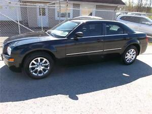 2007 Chrysler 300 Limited! 2 Year Warranty!!!
