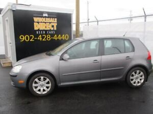 2007 Volkswagen Rabbit Comfortline 5-Speed 2.5L Sunroof, Alloys,