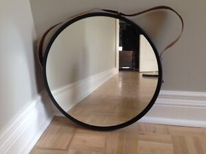 2 Round Mirrors with Black Metal Frame