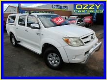 2005 Toyota Hilux GGN25R SR5 (4x4) White 5 Speed Automatic Dual Cab Pick-up Minto Campbelltown Area Preview