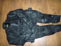 Mens Motorcycle Leathers XXXL Excellent Condition Black.