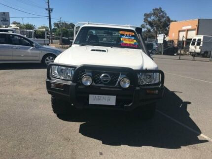2008 Nissan Patrol GU 6 MY08 ST White 5 Speed Manual Cab Chassis