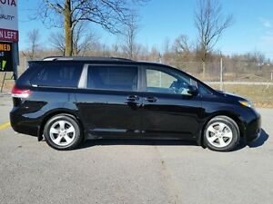 2013 Toyota Sienna LE Peterborough Peterborough Area image 6