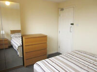 NO FEES - BILLS INCLUDED - DOUBLE BEDROOM IN 4 BED HOUSE