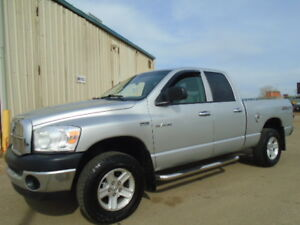 2008 DODGE RAM 1500 SLT-ONE OWNER-EXCELLENT SHAPE-5.7L V8 HEMI