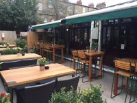 Iconic Greenwich Pub requires FT Bar Staff, Supervisors and Kitchen Porters. Experience required