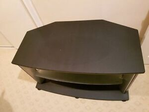 """Tv stand for up to 65"""" tv Kitchener / Waterloo Kitchener Area image 1"""