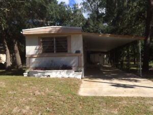 Great Mobile on it's own lot- Close to Gulf of Mexico-$995CDN