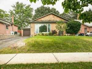 **OPEN HOUSE THIS WEEKEND** 41 Hardwick Crt, Etobicoke