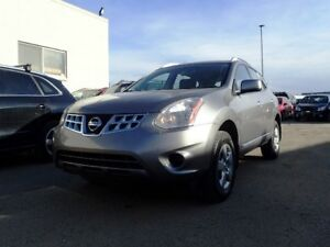2013 Nissan Rogue S  AWD  No Accidents clean Carproof.