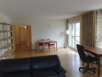 2 bedroom flat in Cubitt Wharf, Storers Quay, Isle of Dogs