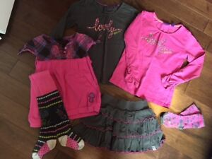 Lot vêtements fille 3-4 ans