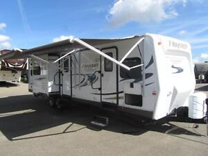 2015 35 FT FOREST RIVER FLAGSTAFF 832BHIKW TRAVEL TRAILER