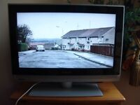 """Philips 26"""" TV With 2 HDMI connections - Can Deliver"""