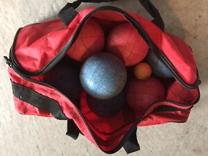Bocce Ball Set for Lawn Bowling (by Halex)