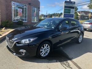 2015 Mazda Mazda3 SPORT GS w/ Sunroof, Heated Seats, Backup Cam