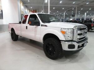 Ford F-250 XLT 4X4 SUPERCAB 6.2L 2015