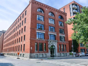 Very nice and big 31/2 condo fully furnished in Griffintown!!