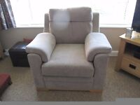 ARMCHAIR BEIGE UPHOLSTERED FABRIC VERY COMFORTABLE HIGH BACK MODERN LOUNGE 3 YRS OLD