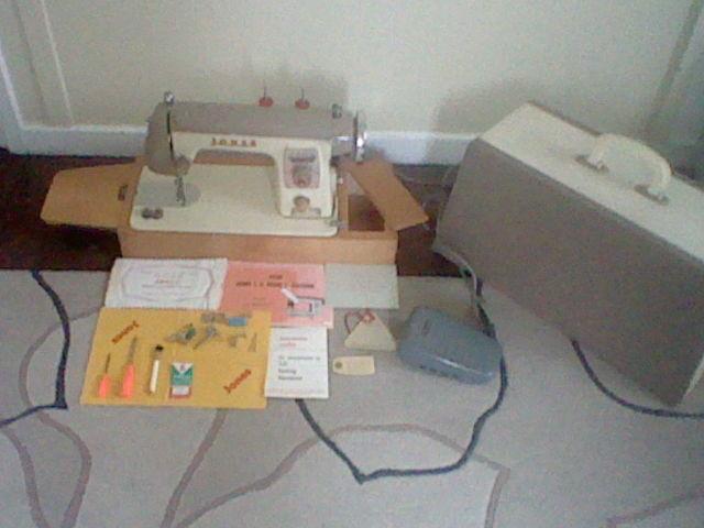 Vintage Jones Cb Model F Precision Sewing Machine In Porth Unique Jones Cb Sewing Machine