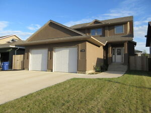 Beautiful 4 Bedroom Home in Warman for Rent