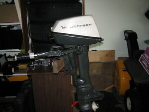 Outboard motor with electronic ignition