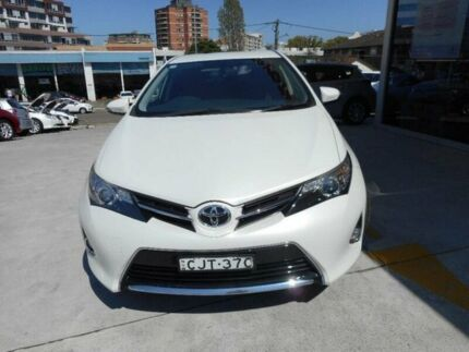 2013 Toyota Corolla ZRE182R Ascent Sport Crystal Pearl 7 Speed CVT Auto Sequential Hatchback Allawah Kogarah Area Preview