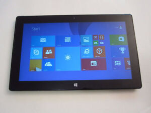 MICROSOFT SURFACE RT1 32GB GOOD CONDITION WITH CHARGER 514-679-