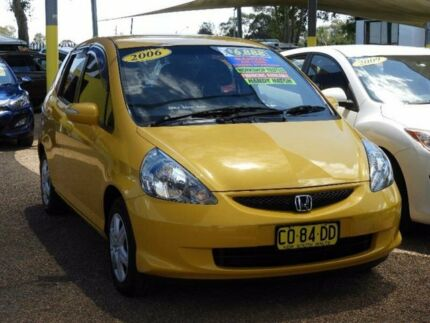 2006 Honda Jazz GD MY06 VTi Yellow 5 Speed Manual Hatchback