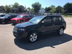 2016 Jeep Compass Sport/North|RARE MANUAL| LOW KMS|4X4