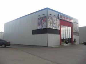 immeuble commercial rue champs élysés Saguenay Saguenay-Lac-Saint-Jean image 3