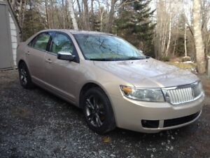 2006 Lincoln  Zepher   Needs nothing,  body is mint.