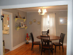 Great Year-Round Home Peterborough Peterborough Area image 2