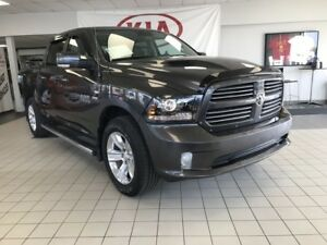 2016 Ram 1500 Sport 4WD 5.7L HEMI *LOADED*NAVIGATION/SUNROOF/LEA