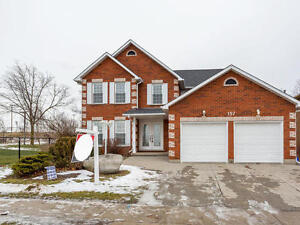 Beautiful Detached House In Galt North