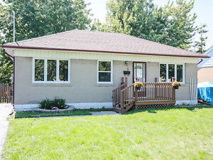 Fully Renovated Detached Brick Bungalow in Brampton Location@@