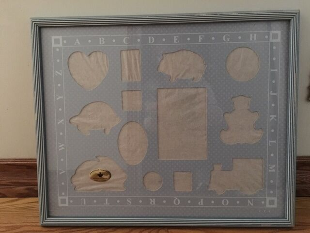Child's large 17 x 21.5 matted photo frame with glass EUC