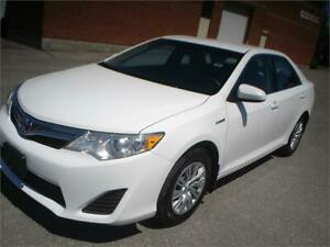 2012 Toyota Camry Hybrid LE,gas saver,accident free