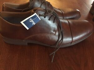 Mens Brown leather dress shoes NEW with tags