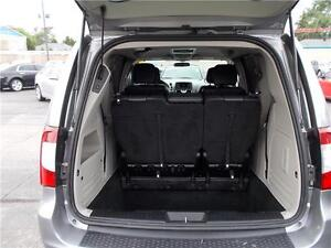 2014 Chrysler Town & Country Touring Windsor Region Ontario image 1
