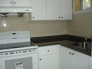 Two bedroom suit for rent in Oakville Ontario with two parkings