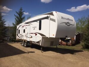 Hitchhiker 5th wheel for sale